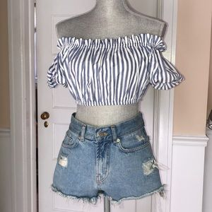 NEW Off the shoulder crop top WITH TAGS